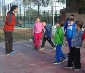 El club Camesllargues ensenya atletisme als més menuts