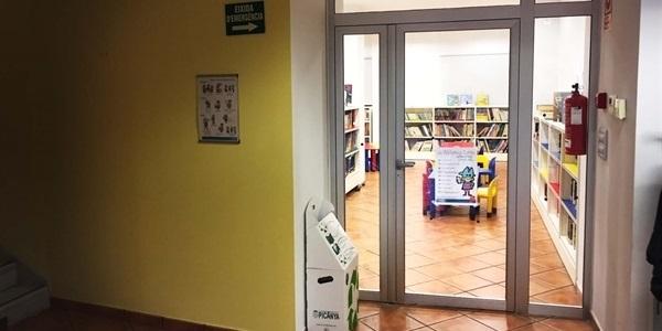 Continuen els treballs de millora de l'aïllament acústic de la Biblioteca
